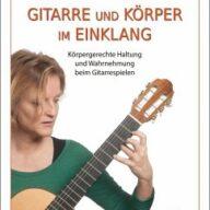 Gitarre und Körper im Einklang